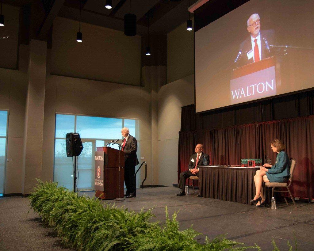 Walton Awards Banquet Recognizes Alumni, Student Achievement