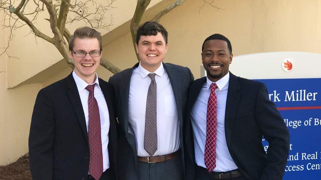 Entrepreneurship Team Wins Georgia Bowl Competition