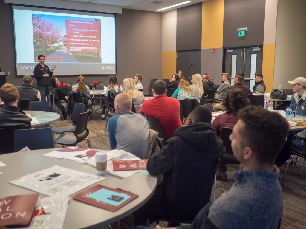 Potential Transfer Students Learn About Programs, Resources, Curriculum