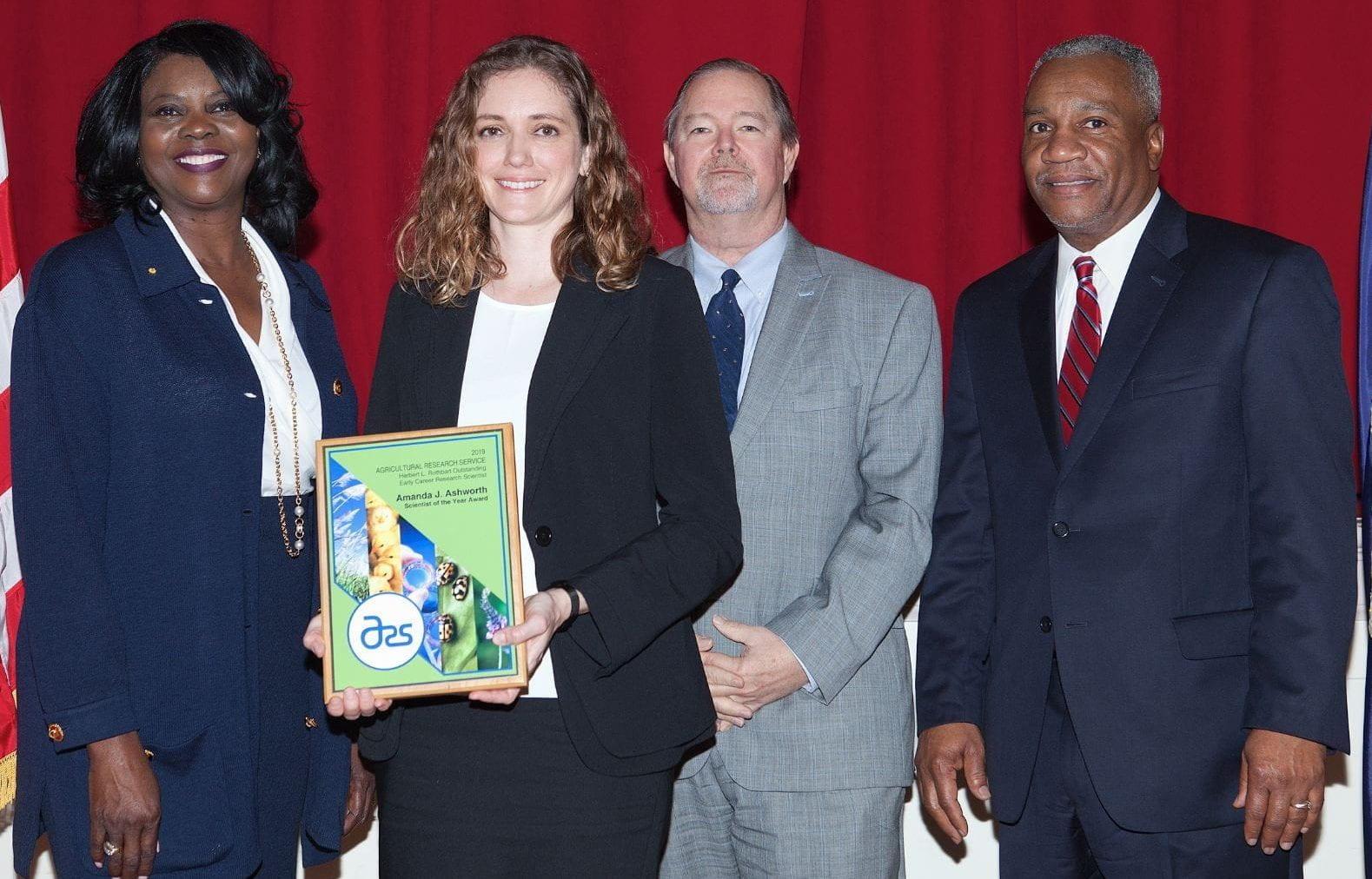 Amanda Ashworth Receives National Early Career Award from USDA-ARS