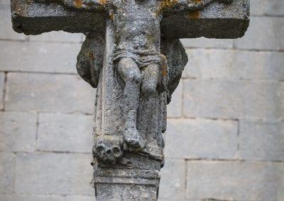 a lichen-covered crucifix at Las Huelgas