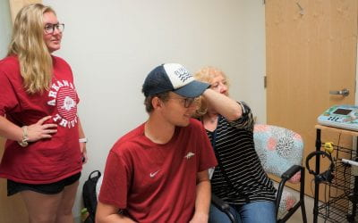 Razorback Marching Band Students Receive Custom-Made Ear Plugs as Part of Research Project