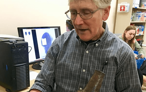 With New Imaging System, Archeologist Can Peer Inside Caddo Artifact