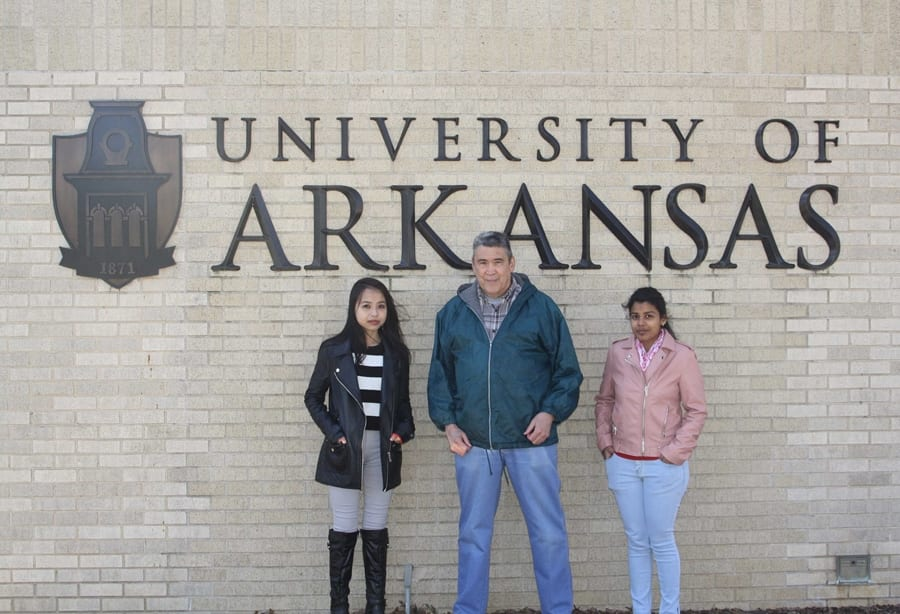 International Students Spend a Semester in Arkansas Studying Slime Molds