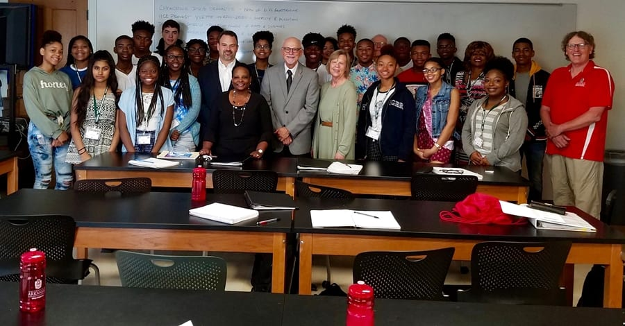 High School Scholars Visit U of A to Gain STEM Skills, Give Performance June 15