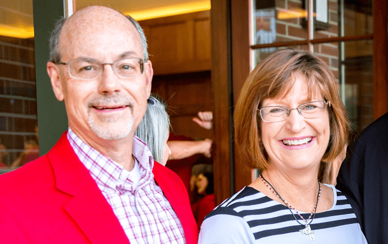 Don and Susan Bobbitt Increase Student Endowment for Chemistry, Theatre