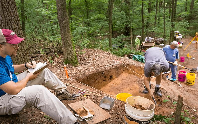 Demystifying Lockesburg: Archeologist Discusses Caddo Dig