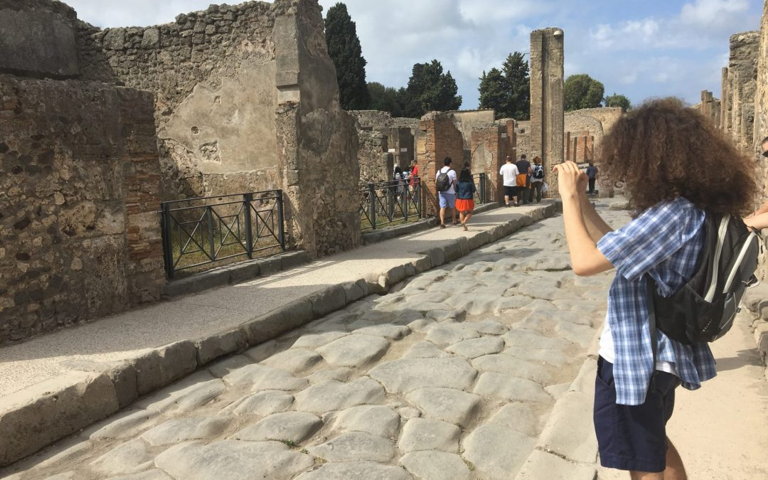 Packing (and mapping) through Pompeii