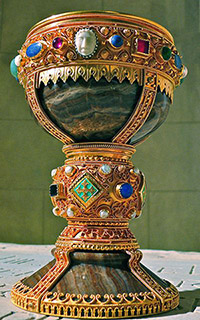 Photo of onyx cup, richly adorned with jewels and cameos set in gold.