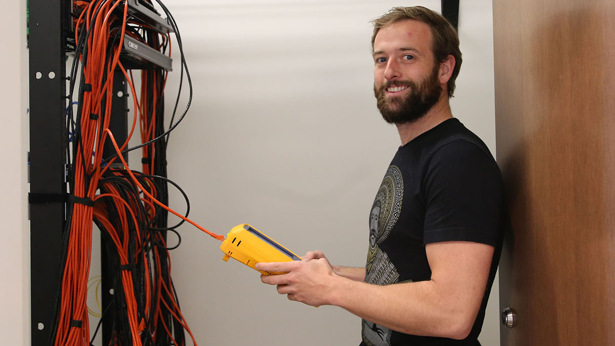 Get Paid to Learn About the Internet: ResNet Technicians Needed
