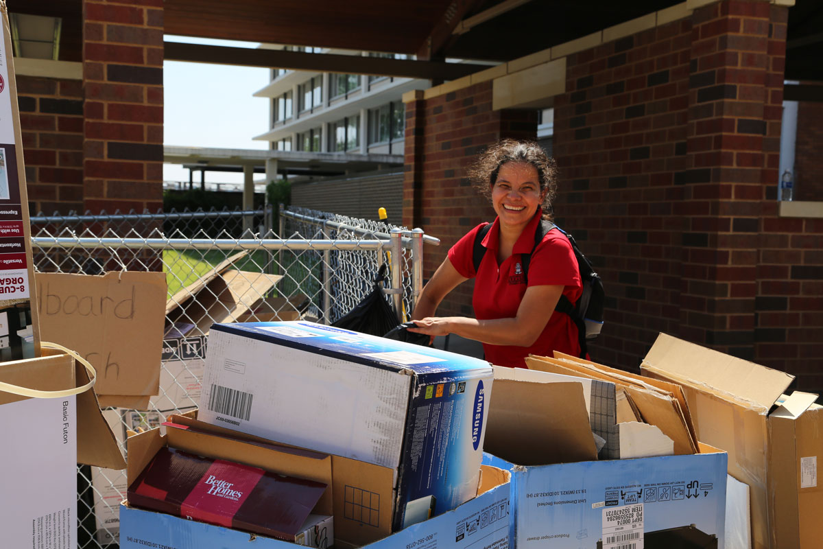 Housing Recycled 13.7 Tons of Cardboard During Move-In 2016