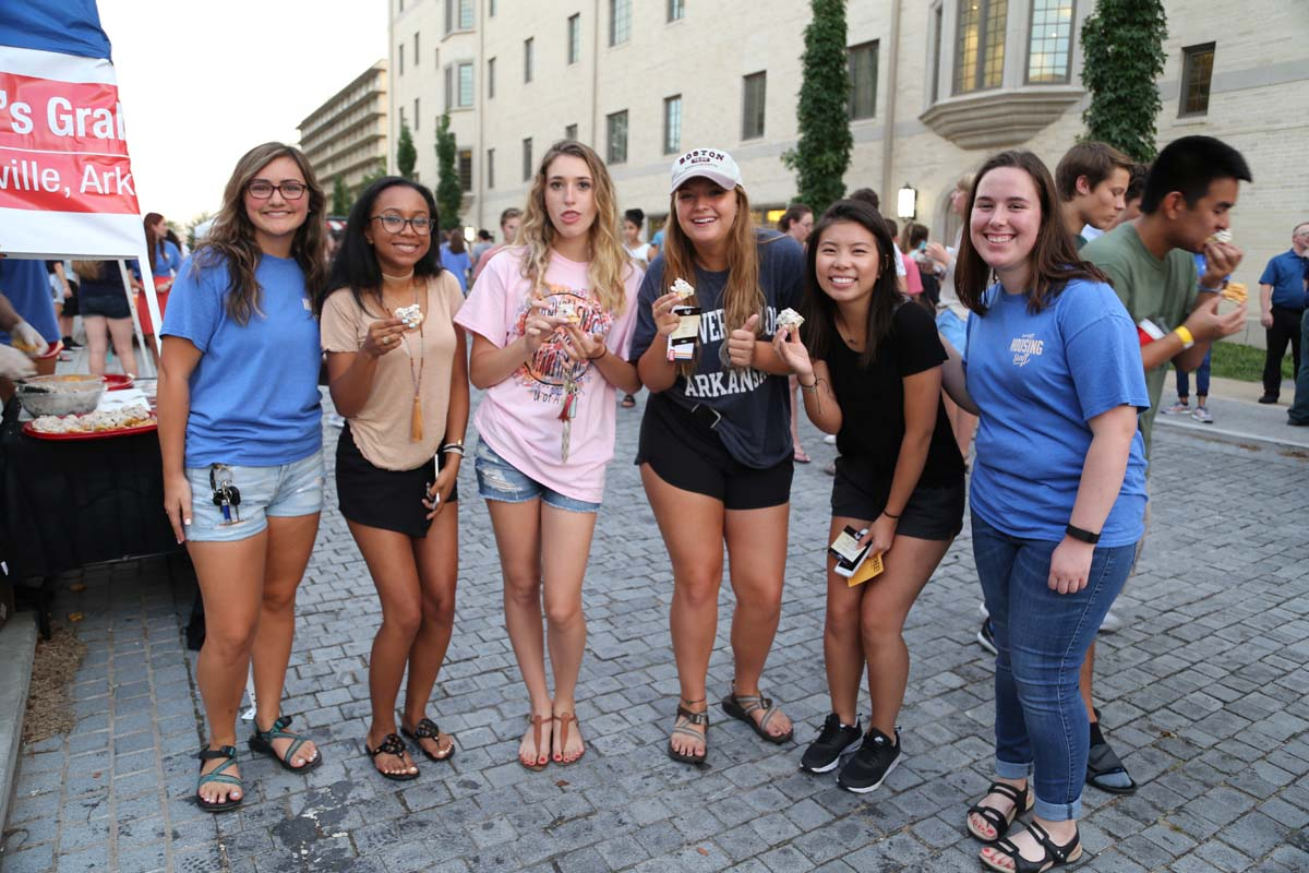 Taste of Fayetteville Brings Food, Music and Students Together