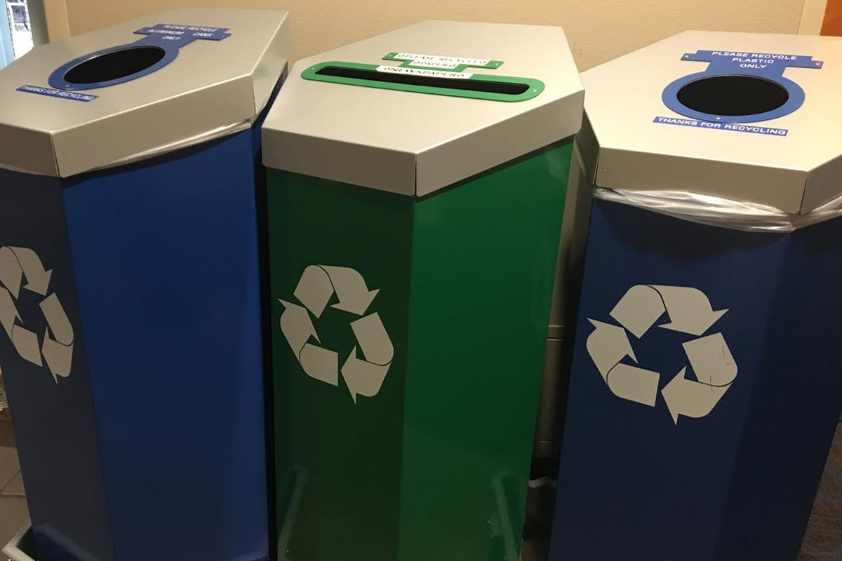 Pomfret Hall Leads in Week 1 of RecycleMania