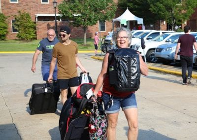 #UARK22 students and their family moving into Hotz Honors Hall