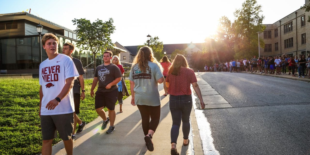 Students get a 'Taste of Fayetteville' | Welcome Weeks 2018