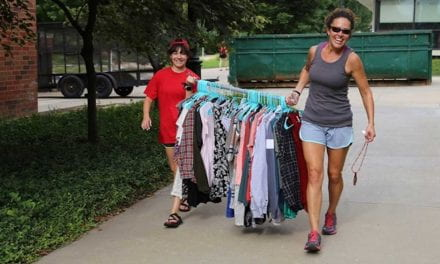 Volunteers Needed: Welcome On-Campus Students During Move-in 2019