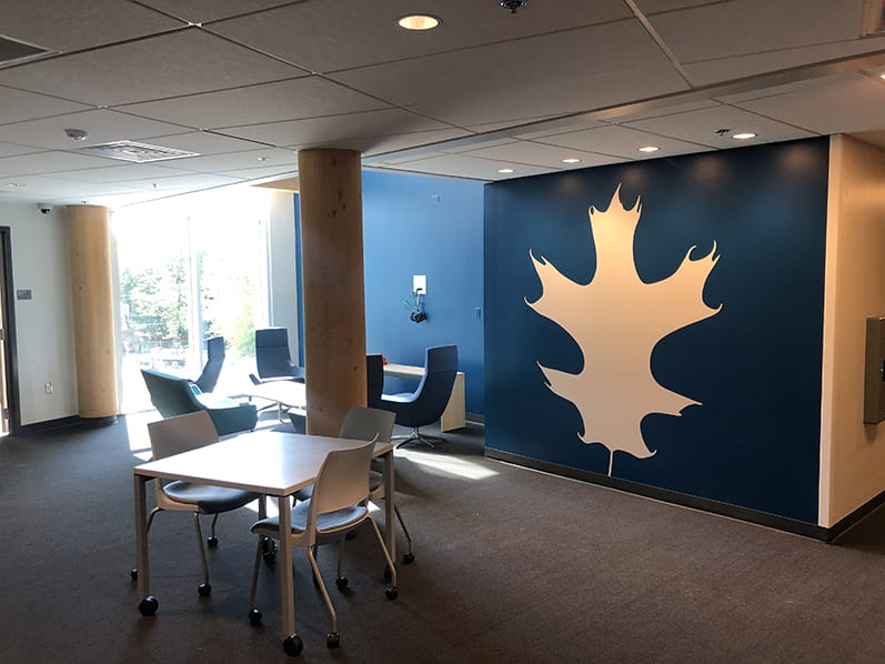 Each residential floor of Adohi Hall is themed with a different type of Arkansas tree, an oak tree for this floor.
