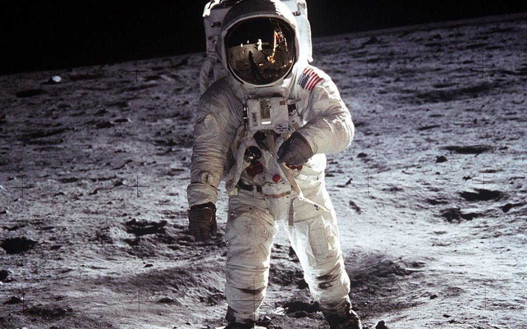 T&P Journal: 50 years ago, Apollo 11 reaches the moon