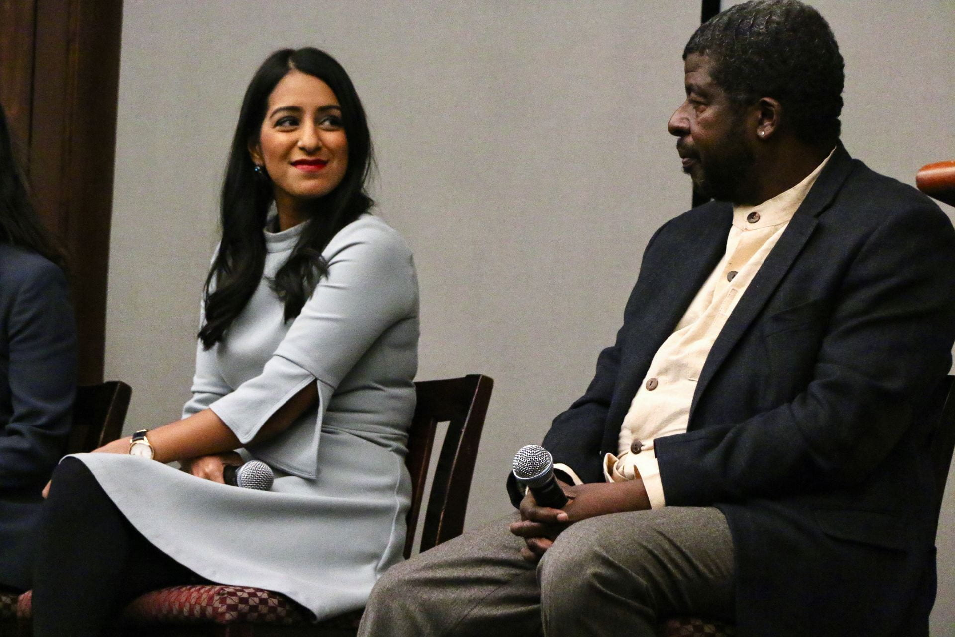 The Guardian political reporter Sabrina Siddiqui and visiting professor Steve Holmes, Nov. 2018