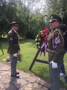 Army_wreaths