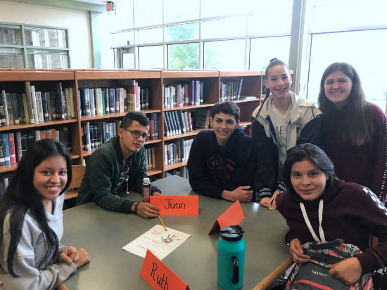 Spanish Honor Society and the Ayuda Club welcome new Hispanic students
