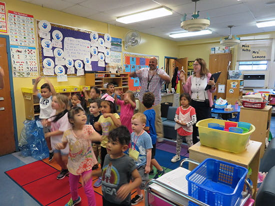 Travis Jackson visits Kindergarten classes