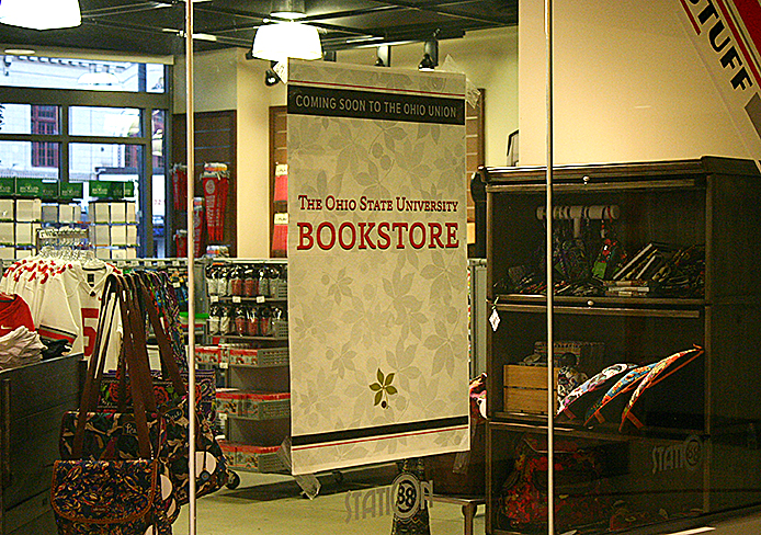 Barnes & Noble College opened Friday and replaced university-run Station 88 in the Ohio Union. Credit: Amanda Carberry / Lantern photographer
