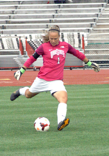 Senior goalkeeper Rachel Middleman takes a free kick during a match against Illinios Sept. 20 at Jesse Owens Memorial Stadium. The teams tied, 1-1. Credit: Shelby Lum / Photo editor