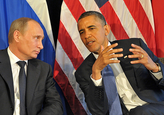 US President Barack Obama (right) and Russian President Vladimir Putin agreed June 18, 2012, that the violence in Syria has to end, but they offered no new solutions and showed no signs of healing a rift over whether to impose tougher sanctions on Damascus.