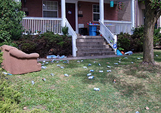 The area surrounding OSU's campus can often be found littered with empty cans, broken glass and other trash. Credit: Logan Hickman / Lantern reporter