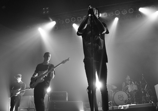 Lead singer for The Neighbourhood, Jesse Rutherford, performs at the Newport Music Hall Oct. 5.  Credit: Liz Young / Campus editor