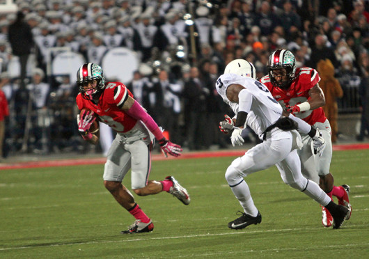 Junior wide receiver Devin Smith (9) advances the ball while senior wide receiver Corey 'Philly' Brown blocks a defender during a game against Penn State Oct. 26 at Ohio Stadium. OSU won, 63-14. Credit: Kaily Cunningham / Multimedia editor