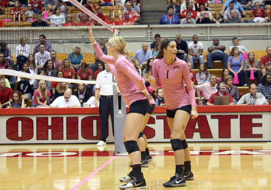 Freshman outside hitter Kylie Randall (1) makes sure her teammates are in place during a match against Wisconsin Oct. 11 at St. John Arena. OSU lost, 3-2. Credit: Daniel Rogers / Asst. sports editor