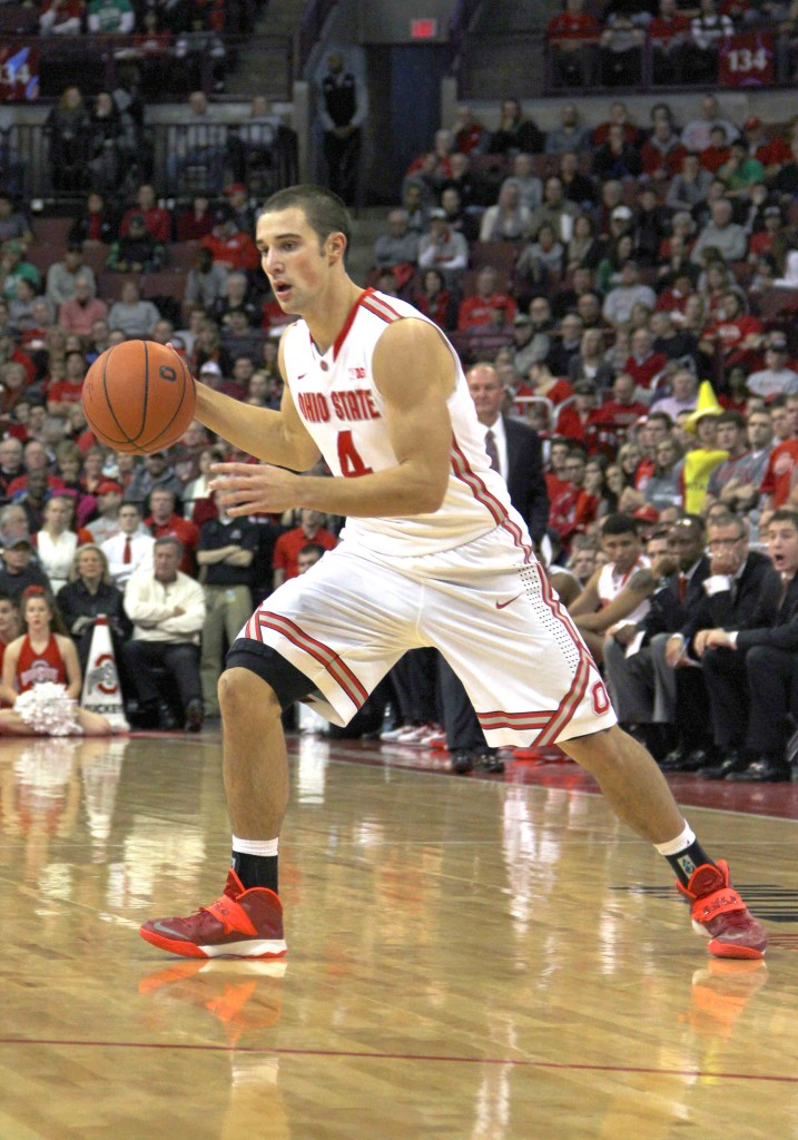 Buckeyes fend off comeback attempts, defeat Ohio, 79-69 ...