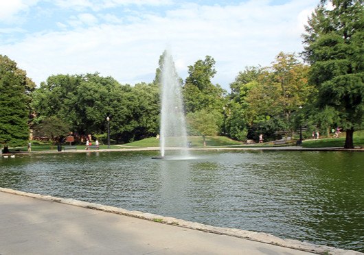 Mirror Lake is overflowing and leaking, but some OSU officials said research being done on the issue won't affect the Mirror Lake jump tradition. Credit: Shelby Lum / Photo editor
