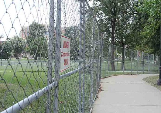 South Oval's fences are set to be taken down before Nov. 26, according to an OSU Administration and Planning spokeswoman. Credit: Shelby Lum / Photo editor
