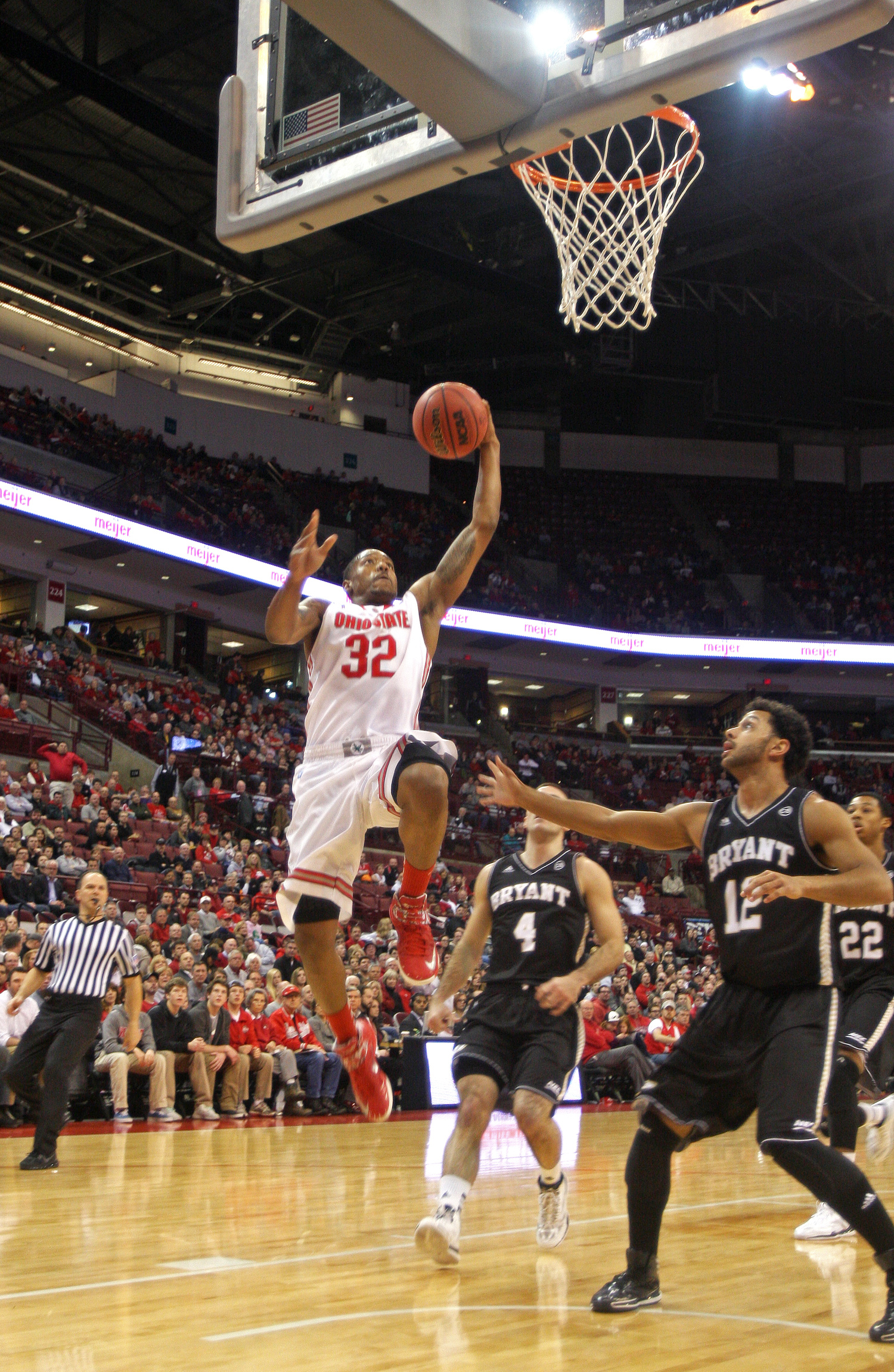 Ohio State men's basketball uses early lead to cruise by Bryant, 86-48 | The Lantern