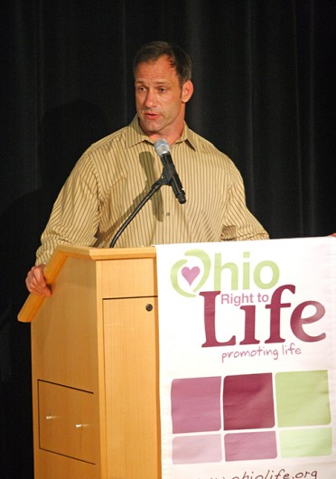 Former OSU linebacker Chris Spielman authored the book 'That's Why I'm Here: The Chris and Stefanie Spielman Story,' which details his family's experiences with his wife's, Stefanie Spielman, breast cancer. She died Nov. 19. 2009.  Credit: Lantern file photo