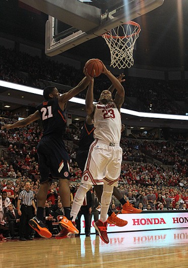 Junior center Amir Williams attempts to dunk the ball during a game against Illinois Jan. 23 at the Schottenstein Center. OSU won, 62-55. Credit: Kaily Cunningham / Multimedia editor