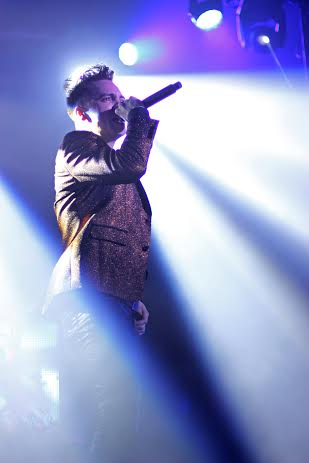 Lead singer Brendon Urie of Panic! At The Disco performs a sold-out concert at the LC Pavilion Jan. 24. Credit: Shelby Lum / Photo editor