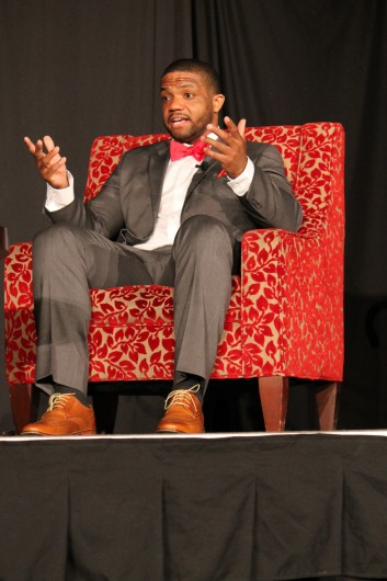 Former OSU running back Maurice Clarett speaks at an OUAB event Feb. 20 in the Archie Griffin Ballroom at the Ohio Union. Credit: Lauren Weitz / Lantern photographer