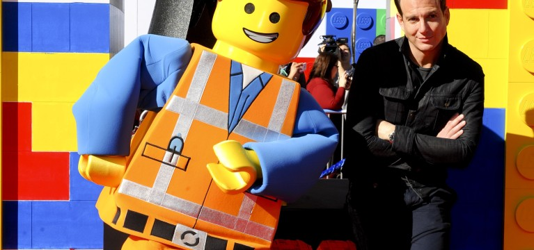 Opinion: 'The Lego Movie' disproves skeptics, fit for all audiences