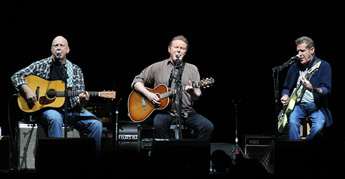Review: Eagles land in Columbus, find fountain of youth