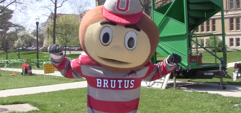 VIDEO: FestOVAL gives Ohio State students a break from finals week