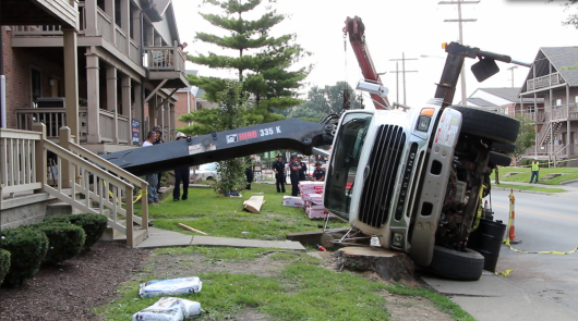 A crane tipped and hit an off-campus rental property on Chittenden Avenue July 31.  Credit: Chelsea Spears / Multimedia Editor