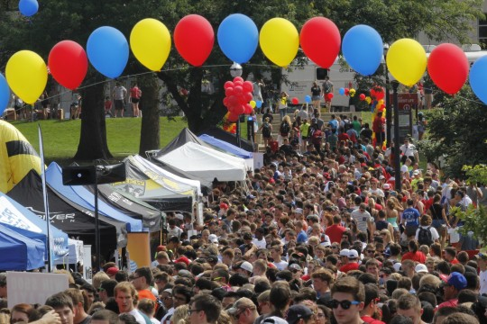 Buck-i-Frenzy welcome event draws thousands