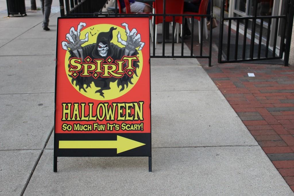 costume shop puts campus in halloween spirit
