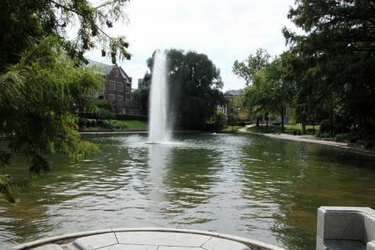 campus_mirror_lake