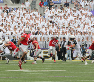 Redshirt-freshmen J.T. Barrett, Darron Lee take lead for Ohio State