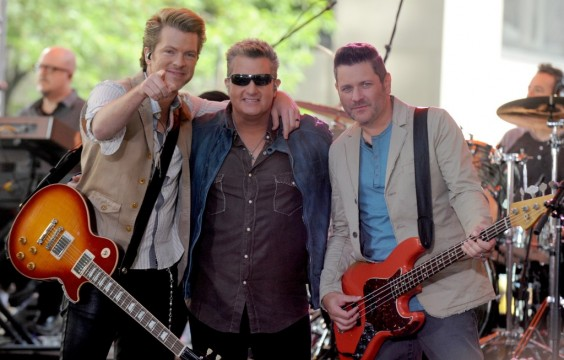 Blake Shelton, Rascal Flatts among acts to perform at 'Shoe in 2015